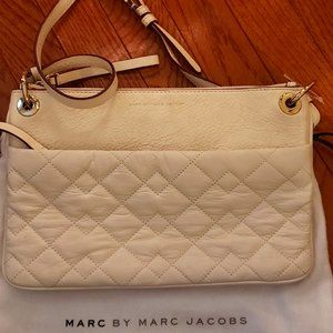 MARC JACOBS LEATHER QUILTED CROSSBODY